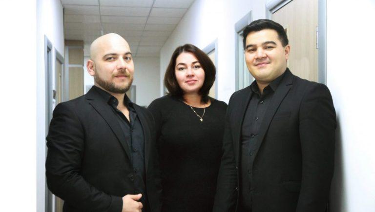 Искандар Мирзоганиев, Зебо Таджибаева, Фарход Холматов