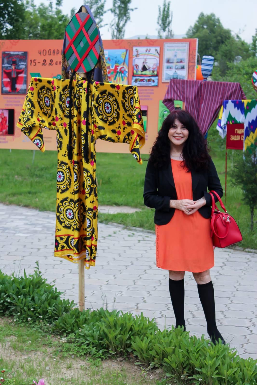 Лолисанам Улугова, Таджикистан интересно