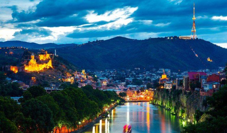 «Не»путевые заметки. Четыре «для» города Тбилиси