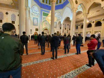 пятничный намаз в Душанбе