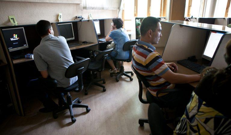 Почему Таджикистан оказался без интернета никто не знает. В республике ожидается пыльная мгла. Коротко о самом главном за сегодня
