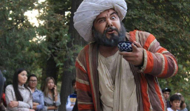 $50 музд барои нақш дар филм. Чаро Қорӣ – Ишкамба ба муҳоҷират рафт