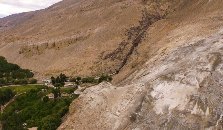 Где на Памире можно найти зороастрийские мазоры и буддийский монастырь