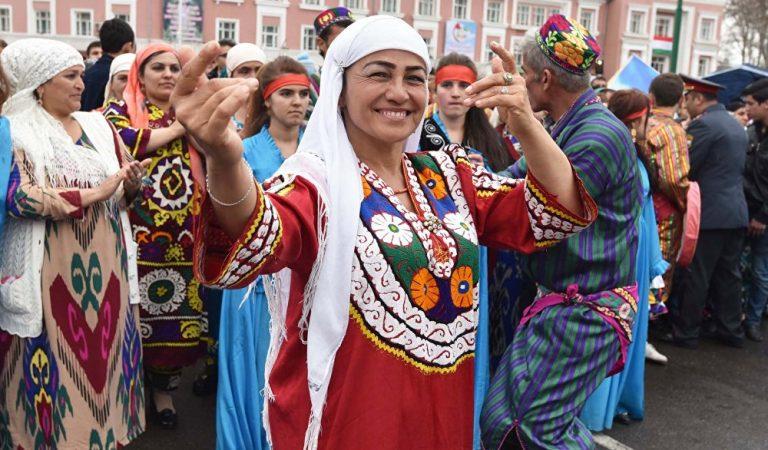 «Килогузгуз», «Сайри теппача» и «Гулгардони». Как отмечают Навруз в разных регионах Таджикистана