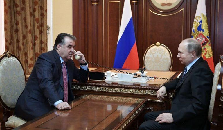 Эмомалӣ Раҳмон ва Путин масъалаи зиёд кардани парвозҳоро баррасӣ карданд