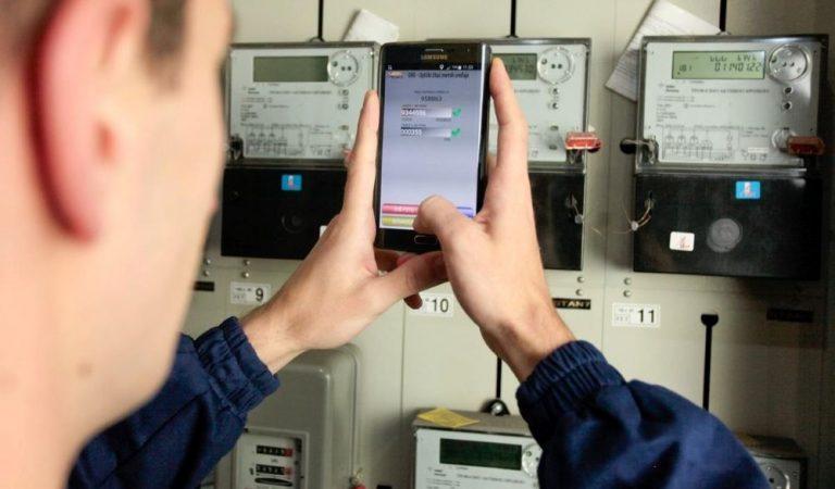 В Душанбе начали устанавливать умные электросчетчики. Объясняем, причем здесь биллинг и будет ли тут предоплата