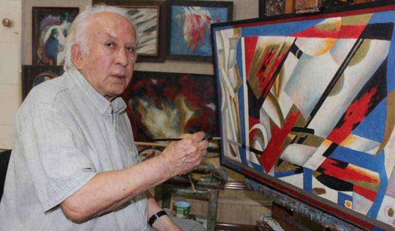 «Прошло 40 лет, а панно как новое». Как живописец Юсуф Сангов украшал мозаикой фасады зданий Душанбе