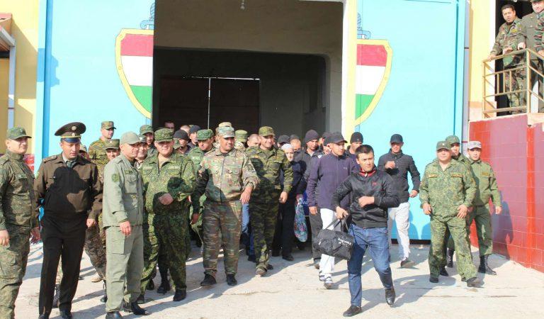 В Таджикистане началась всеобщая амнистия. Рецидивистов и «пожизненных» не освободят