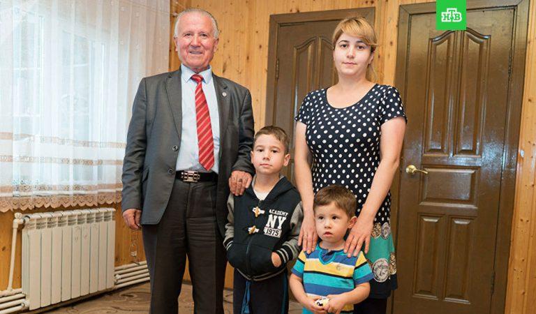 Зидан, Саддам, Франсуа, Путин. Какими необычными именами называют таджикистанцы своих детей