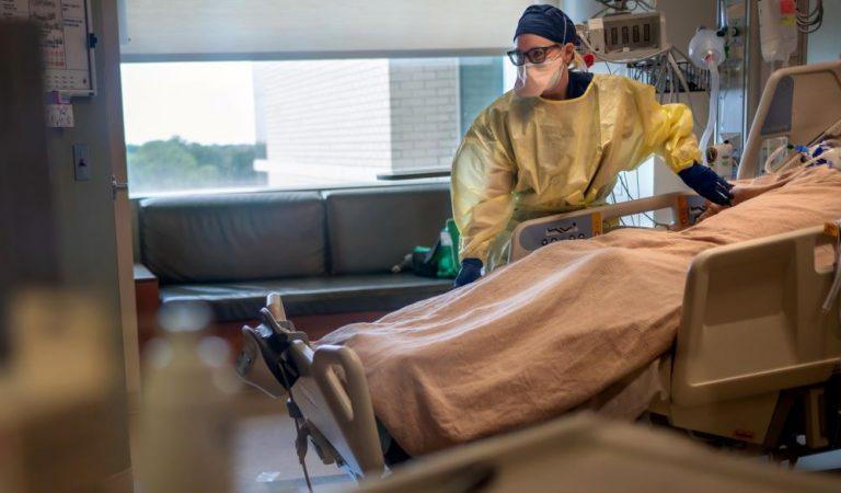 Ученые в США оценили опасность штамма «йота». Он быстрее распространяется и летальность у пожилых может составить на 50% больше