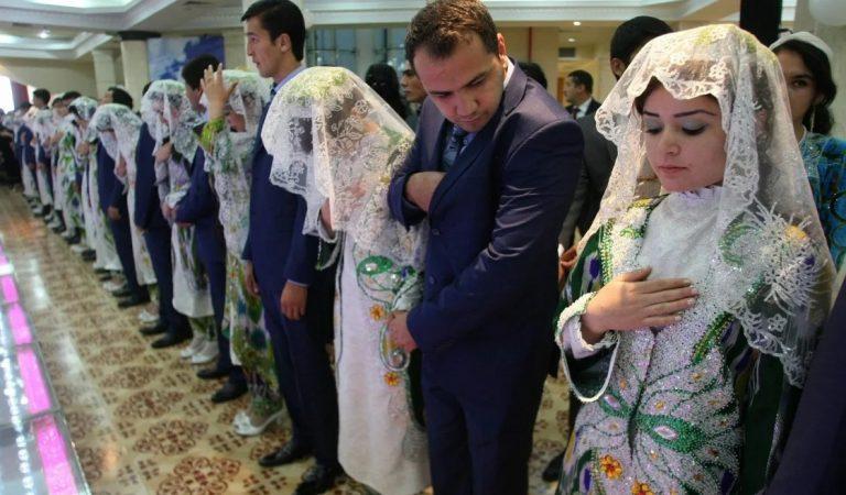 Как на севере Таджикистана играют свадьбу. Объясняем пошагово