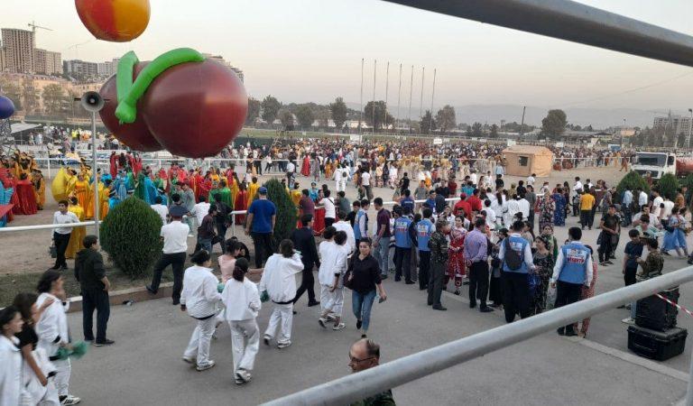 «И смех, и слезы»… Как проходили маршировки в честь юбилея Таджикистана?