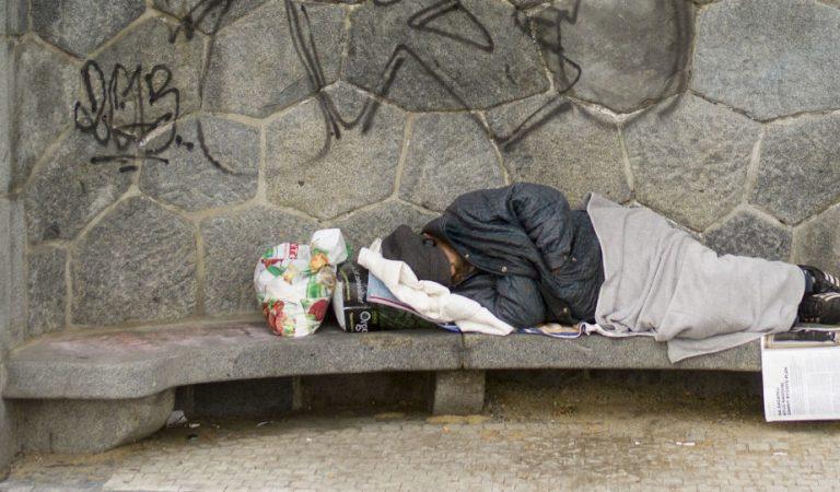 На севере Таджикистана посчитали количество бездомных. Среди них целые семьи и одинокие дети