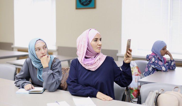 Религиозное онлайн-образование – вне закона? В Таджикистане внесут за это уголовную ответственность